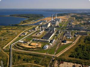 Litevská jaderná elektrárna Ignalina se dvěma bloky typu RBMK-1500 byla jednou ze tří elektráren, jejichž uzavření požadovala EU před přijetím Litvy, Slovenska (v tomto případě musely být uzavřeny Jaslovské Bohunice V1) a Bulharska (první čtyři bloky JE Kozloduj). (Zdroj: Vae.it)