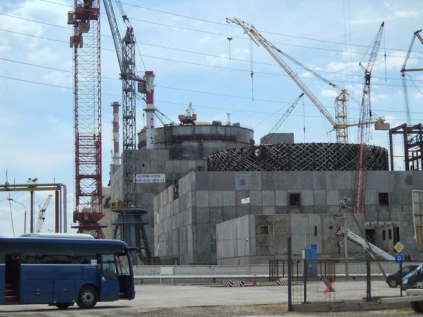 Výstavba třetího bloku Rostovské JE postoupila do klíčové fáze – tlakové zkoušky primárního okruhu spolu s reaktorem