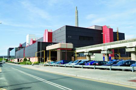 Budova přepracovatelského závodu Thorp v Sellafieldu. (Zdroj: Sellafieldsites.com)
