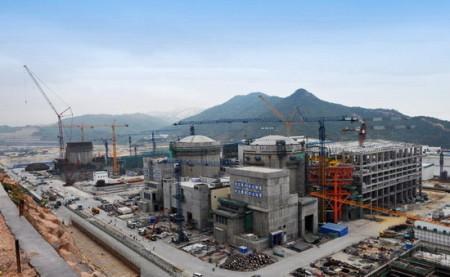 Výstavba jaderné elektrárny Jang-ťiang (Yangjiang) v provincii Kuang-tung (Guangdong). (Zdroj: Cgnpc.com.cn)