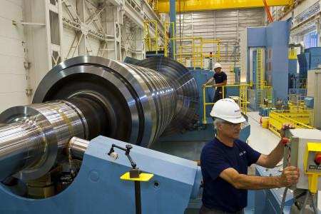 Společnost Alstom vyrábí turbíny pro všechny typy elektráren. Na snímku továrna Chattanooga v USA.