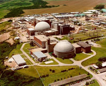 Dva bloky jaderné elektrárny Atucha. (Zdroj: Tecnatom.es)