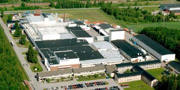 Švédský výrobní závod společnosti Westinghouse je jedním ze šesti závodů pro výrobu jaderného paliva této společnosti. (Zdroj: Westinghousenuclear.com)