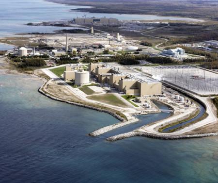 Devítibloková jaderná elektrárna Bruce. (Zdroj: World-Nuclear.org)