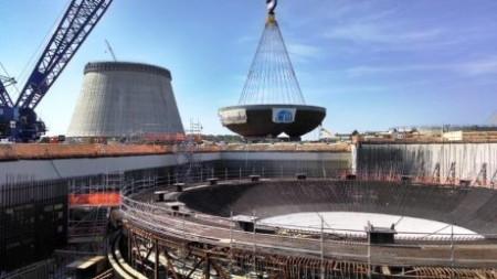 Přesun 900 tun oceli. (Zdroj: World Nuclear News)