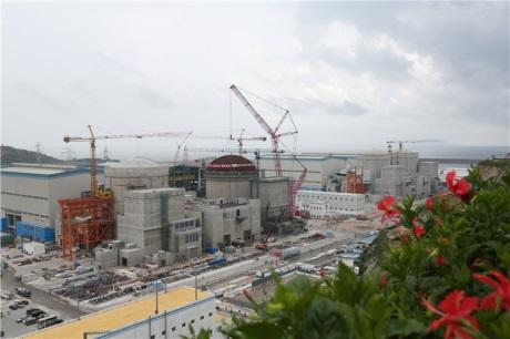 Kontejnment čtvrtého bloku Jang-ťiang byl uzavřen kopulí