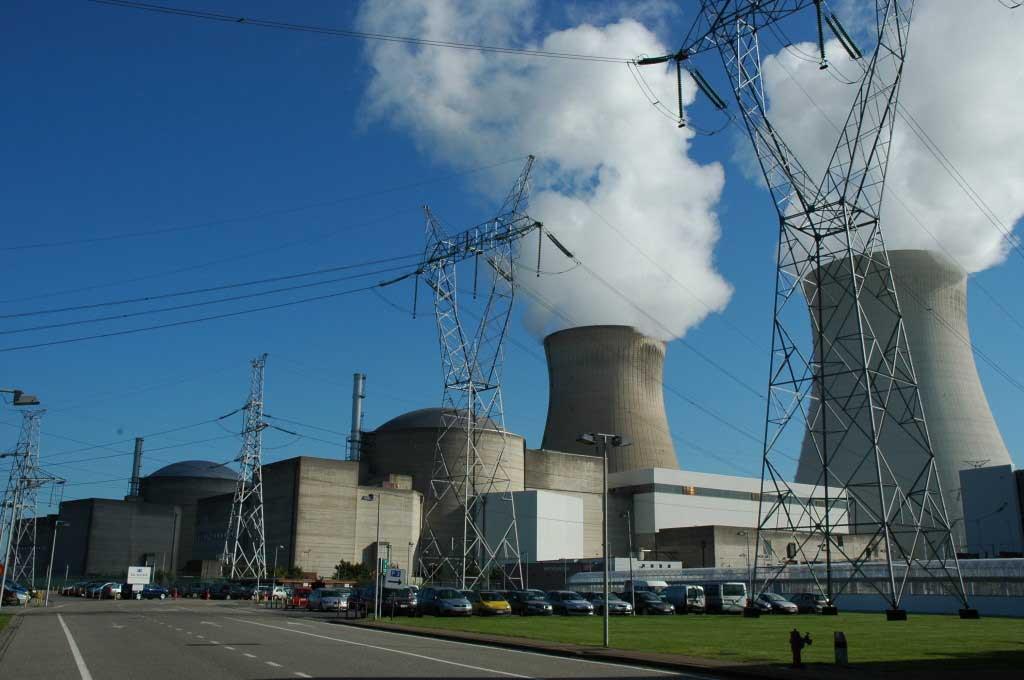 Turbína bloku Doel-4 je vážně poškozena, blok bude stát minimálně do konce tohoto roku