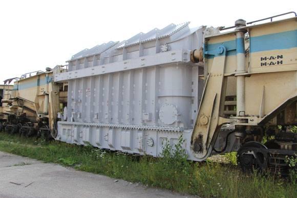 První blokový transformátor dorazil na Leningradskou JE-2
