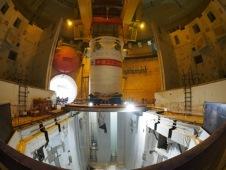 Proběhla montáž tlakové nádoby na bloku Tchaj-šan-2