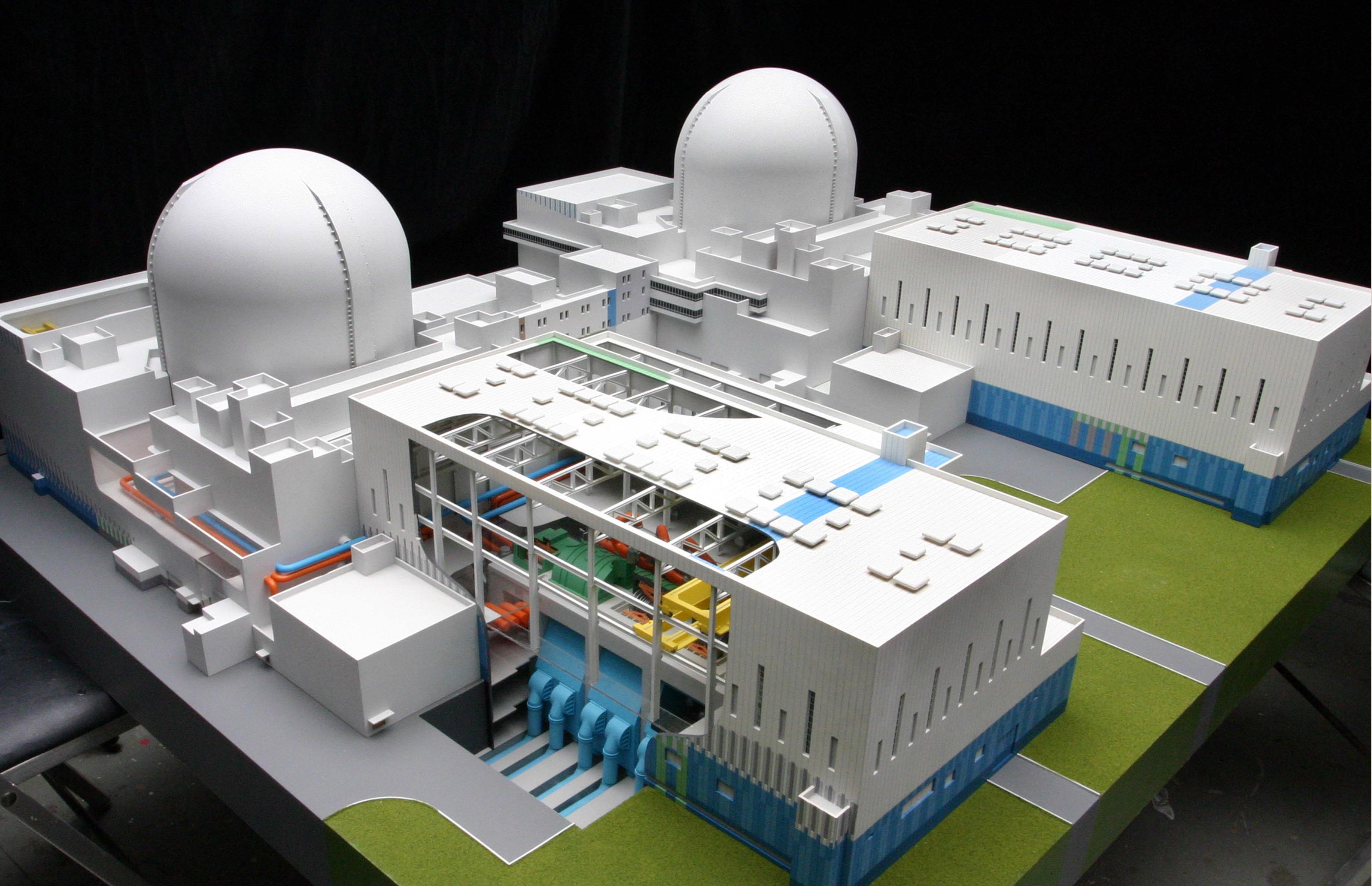 Новейший корейский реактор идет на физпуск