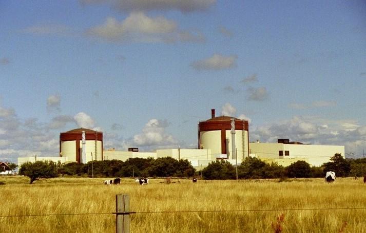 Švédsko odstaví dva své reaktory o sedm let dříve