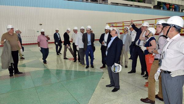 Vyslanci MAAE na návštěvě ruského jaderného průmyslu