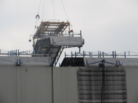 Fukushima Daiichi 1 roof panel removal - 460 (Tepco)