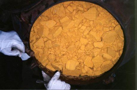 Kazachstán schválil dodávky uranu do Indie
