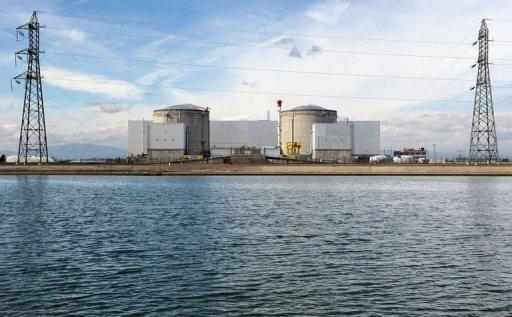 Francouzský parlament schválil nový zákon omezující jadernou energetiku