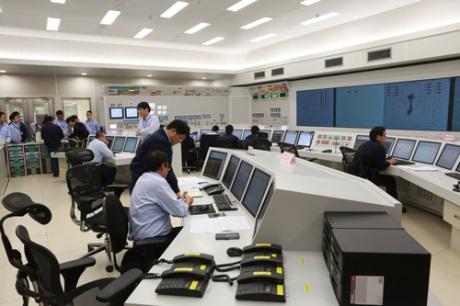 Dva čínské reaktory dosáhly první kritičnosti