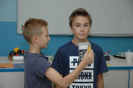 Petr Melíšek s radiometrem DC-3E-98 a Jakub Chuman_1024