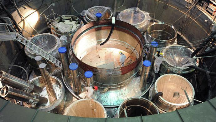 Největší rychlý reaktor na světě bude v Rusku komerčně spuštěn v příštím roce