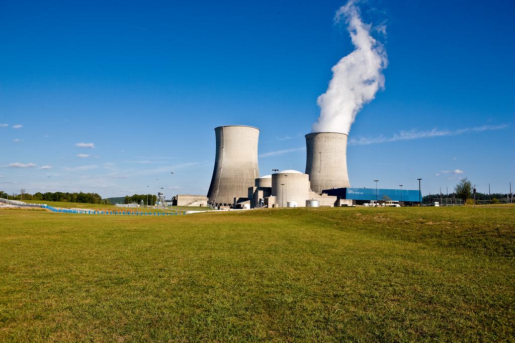 Ve druhém bloku jaderné elektrárny Watts Bar začalo zakládání paliva do reaktoru