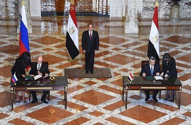 Egypt se s Ruskem dohodl na půjčce ve výši 25 miliard dolarů na čtyřblokovou JE Dabaa