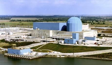 Společnost Exelon postupuje v uzavření jaderných elektráren Clinton a Quad Cities