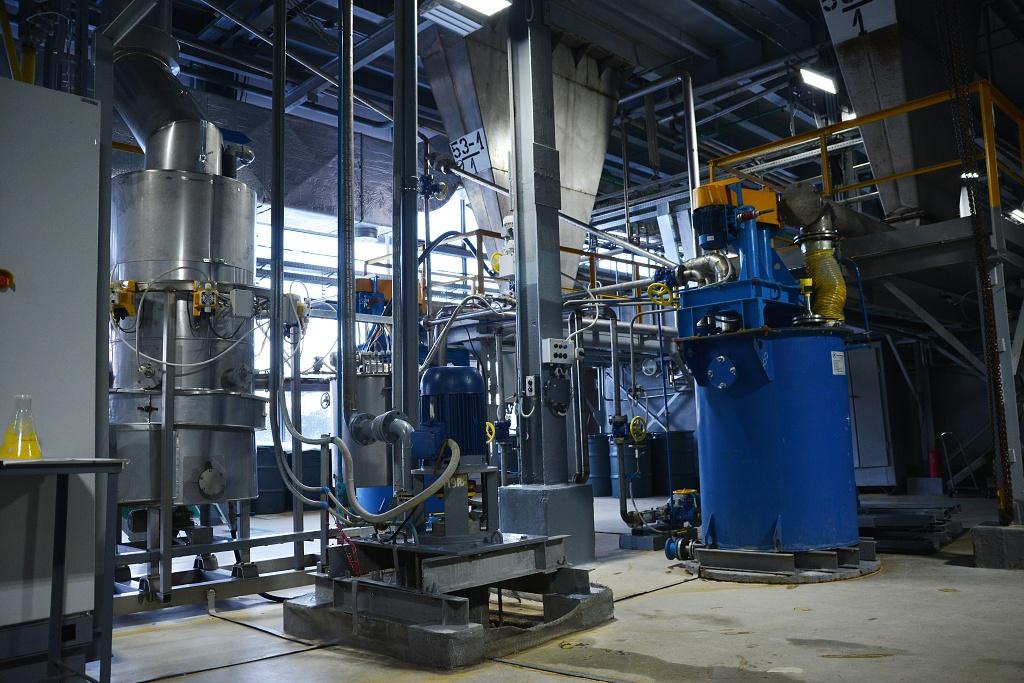 HN: Vědec v důchodu suší uran pro Rosatom