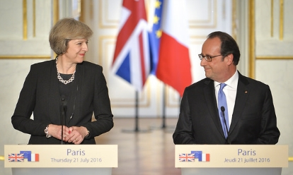 May_and_Hollande_21_July_2016_(Tom Evans - Crown Copyright)_460x248