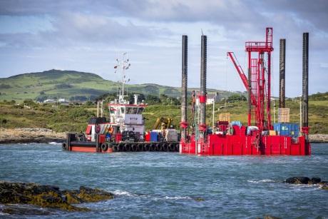 Vyšetřování mořského dna v lokalitě JE Wylfa Newydd je v plném proudu
