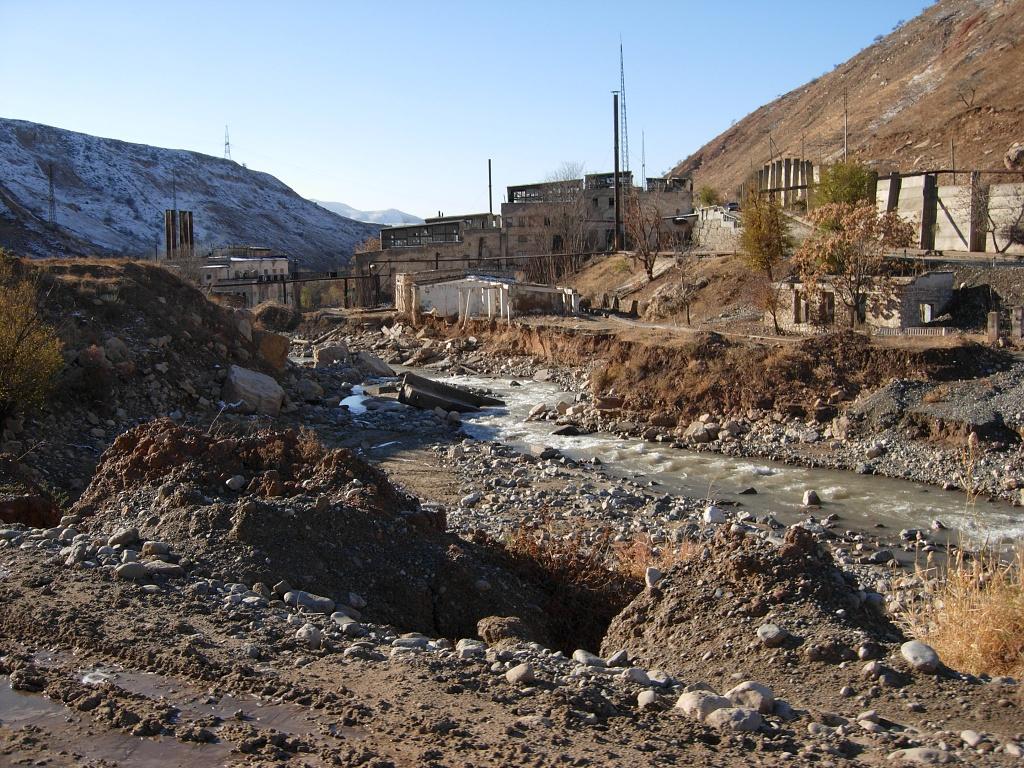 Rekultivace odkališť uranové rudy vKyrgyzstánu začne vpříštím roce
