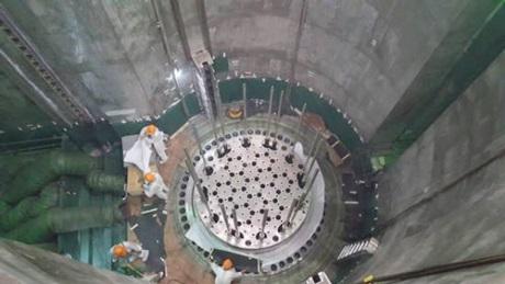 Na třetím bloku JE Tchien-wan byla dokončena instalace vnitřních komponent reaktoru