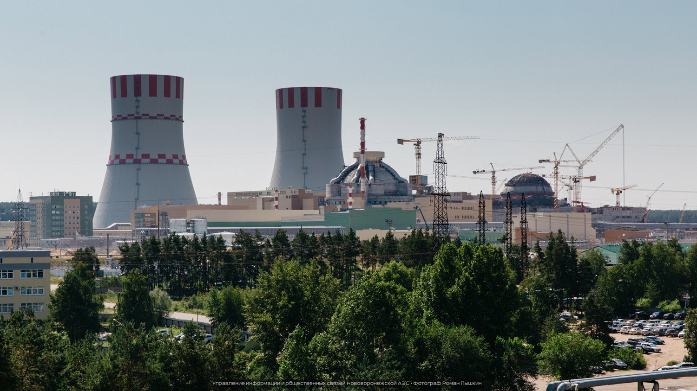 Novovoroněžská JE: První reaktor generace III+ na světě dodal do sítě první elektřinu. Komponenty pro něj vyrobily české firmy.