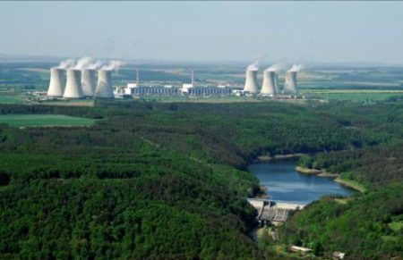 jaderná energie - V JE Dukovany skončila po 157 dnech odstávka třetího bloku - V Česku (Dukovany plant 460 CEZ 1 450x291 1) 1