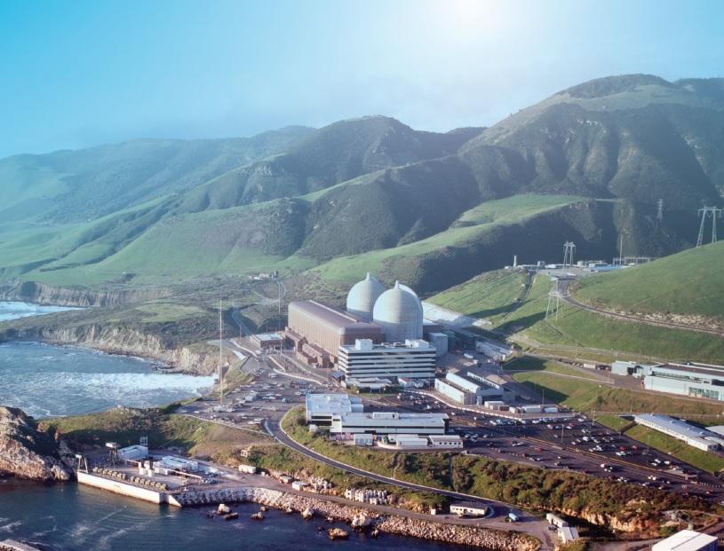 jaderná energie - Kalifornie chce uzavřít svou jedinou jadernou elektrárnu. Proti jsou vědci ienvironmentalisté - Back-end (Diablo Canyon aerial c PGE) 1