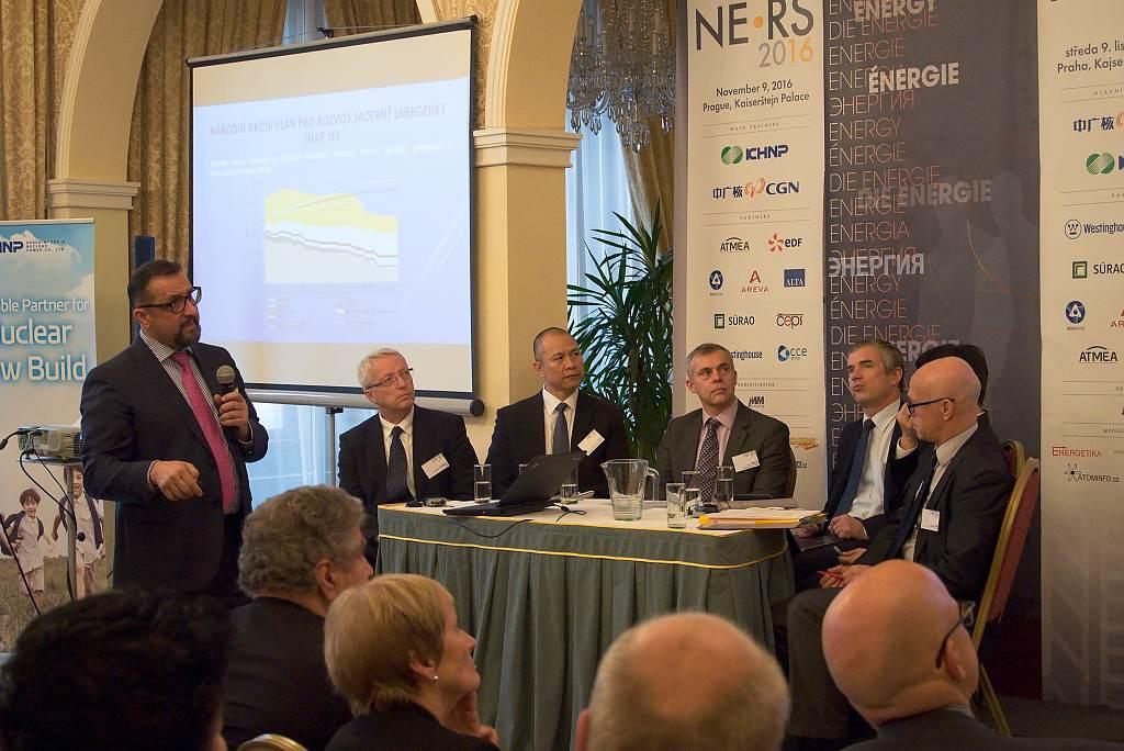 jaderná energie - NERS 2016: Ujede nám vlak? Co nám slibuje 6 dodavatelů? - V Česku (DSC 1944 1024) 2