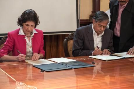 Indie se připojí k CERNu