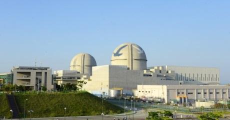 jaderná energie - První jihokorejský reaktor typu APR-1400 vstoupil do komerčního provozu - Nové bloky ve světě (Units 3 and 4 at Shin Kori 460 KHNP) 1