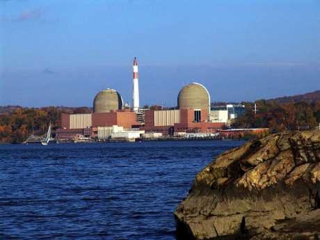 jaderná energie - Společnost Entergy souhlasila s trvalým vyřazením JE Indian point z provozu - Ve světě (Indian Pt 2 and 3 NRC Entergy 460) 1