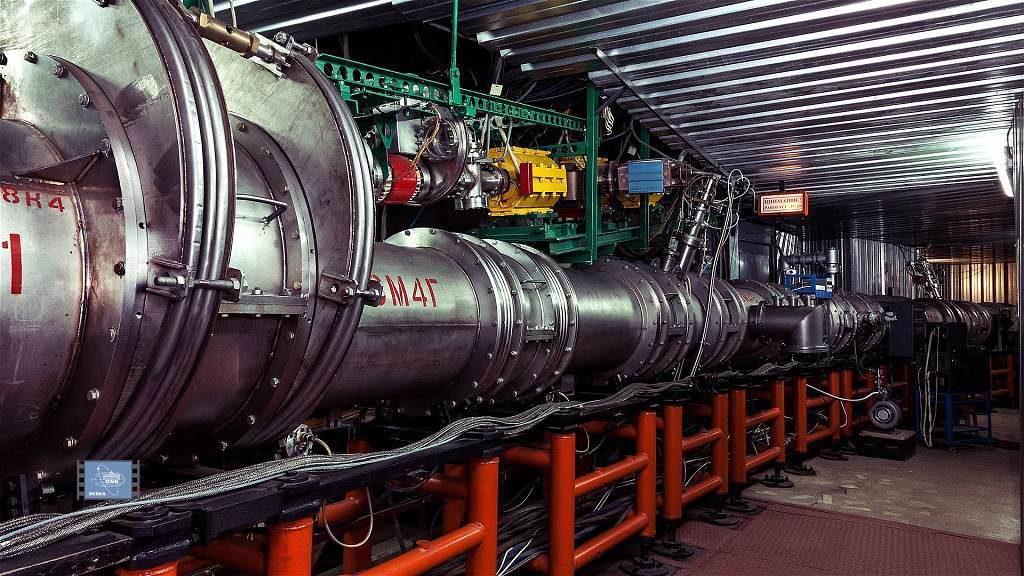 jaderná energie - Quark: Aké sú možnosti likvidácie rádioaktívneho odpadu? - Věda a jádro (nuklotron 1024) 3