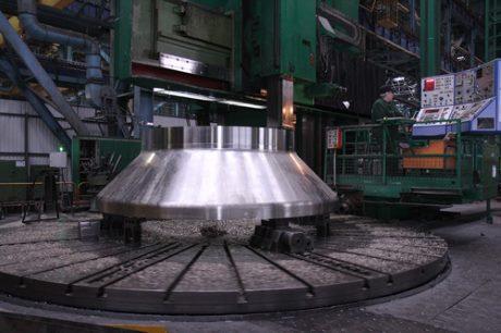 jaderná energie - Rusko začalo se sestavováním tlakové nádoby rychlého reaktoru MBIR - Nové bloky ve světě (MBIR vessel upper part AEM Technology 460) 1