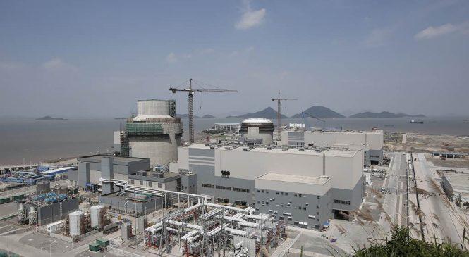 Euro: Zkrachovalý Westinghouse zůstává ve hře o dodávky reaktorů i paliva pro Česko. Zatím