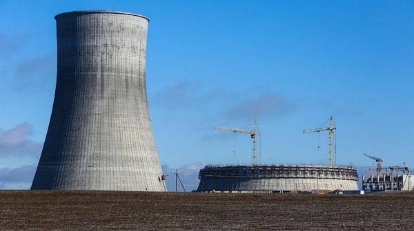 jaderná energie - Rusko pro druhý blok JE Ostrovets využije reaktorovou nádobu původně určenou pro Baltickou JE - Nové bloky ve světě (211538 02) 3