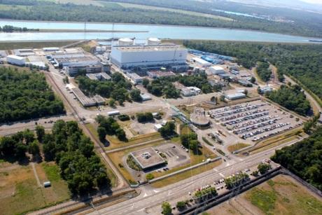 jaderná energie - Společnost EDF odmítá okamžité odstavení JE Fessenheim - Ve světě (Fessenheim plant 460 EDF) 3