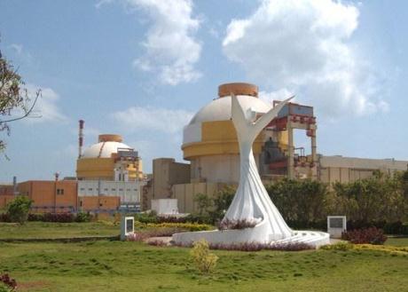 jaderná energie - Druhý blok JE Kudankulam vstoupil do komerčního provozu - Nové bloky ve světě (Kudankulam 1 and 2 AtomStroyExport) 1