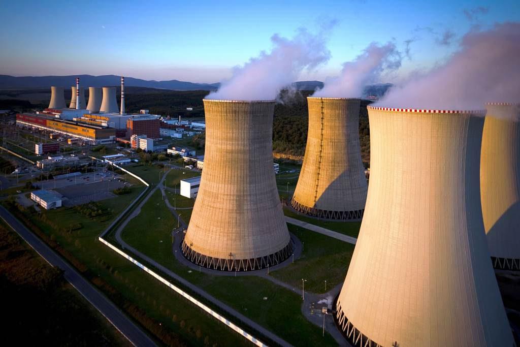 jaderná energie - HN: Verím, že Mochovce sa predražovali naposledy. Štát už stráca trpezlivosť - Nové bloky ve světě (podvecer 1024) 1