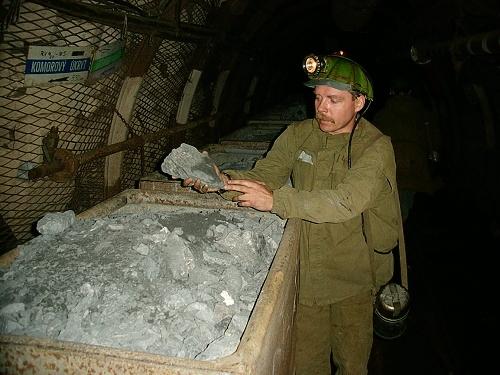 jaderná energie - V dole Rožná byl vytěžen poslední vůz uranové rudy - V Česku (user 67 geam10022 2) 1