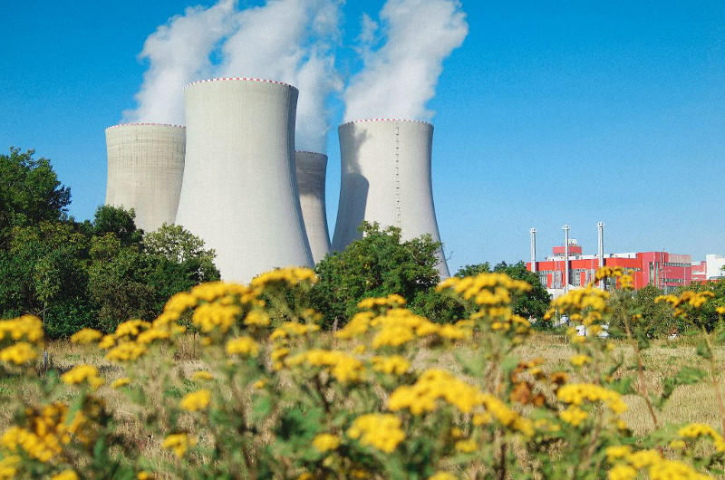 jaderná energie - V JE Temelín byla zahájena tříměsíční odstávka druhého bloku - V Česku (08 temelin resized) 1