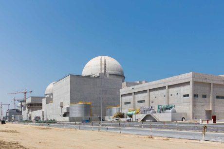 jaderná energie - Na první blok JE Barakah dorazily palivové soubory - Nové bloky ve světě (Barakah unit 1 460 ENEC) 1