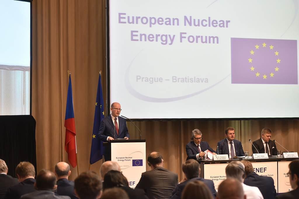 jaderná energie - Projev předsedy vlády Bohuslava Sobotky na 12. ročníku Evropského jaderného fóra - Nové bloky v ČR (D4S 6632 1024) 1
