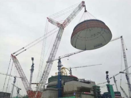 První blok s designem Hualong One v JE Fu-čching dostává svoji podobu