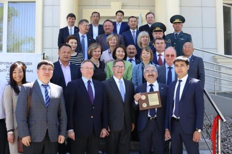 jaderná energie - Kazachstán otevřel školicí středisko pro jadernou bezpečnost - Ve světě (Kazakshtan training centreNNSA 460) 2